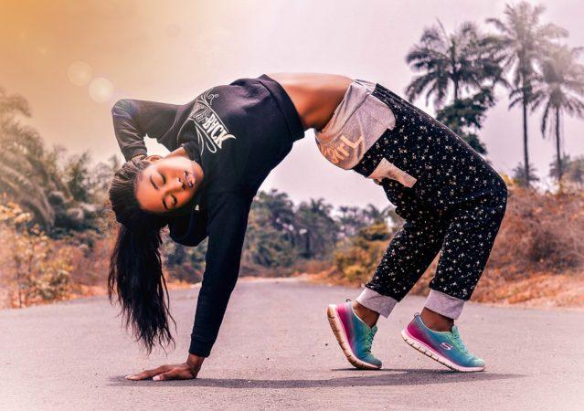 fitness-woman-2893887_960_720