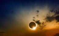 37434687 - scientific background, astronomical phenomenon - full sun eclipse, total solar eclipse